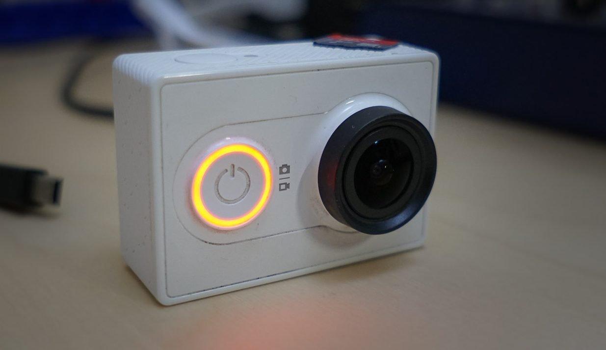 Экшн камера Xiaomi Yi camera basic edition