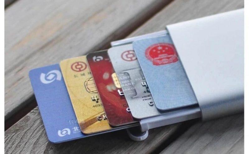 Картхолдер - держатель карт Xiaomi Youpin Qualitell: обзор